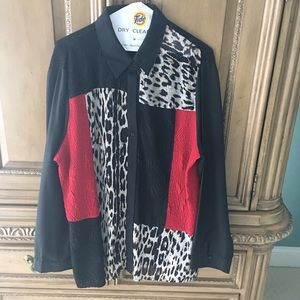 Chico's size 3 black and red blouse!